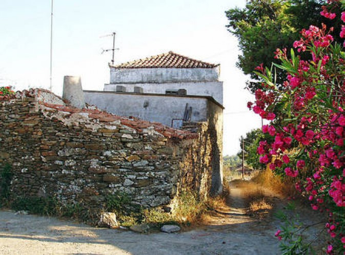 Πέτρινα σπίτια