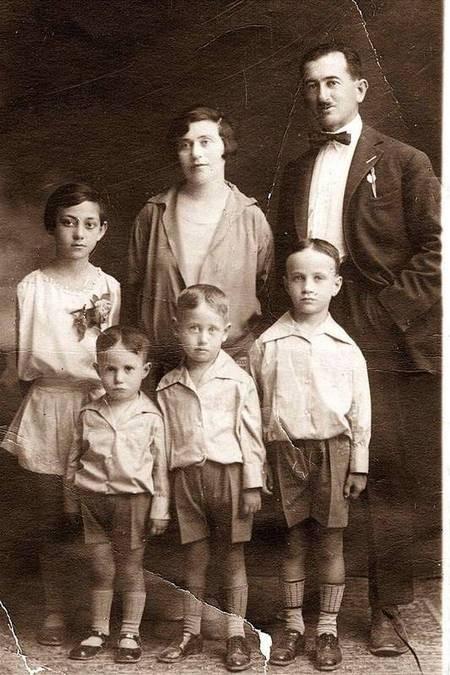 Alex Phacheas & Family