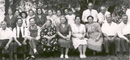 kytherian picnic Detroit 1945 right side of group
