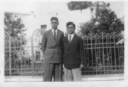 Hristos Kalokairinos and Yiannis Kallinikos 1948