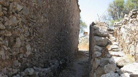 Kastro - Milopotamos
