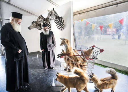 Metropoliti of Kythera and Father Petros feauture in major Photographic prize in Sydney