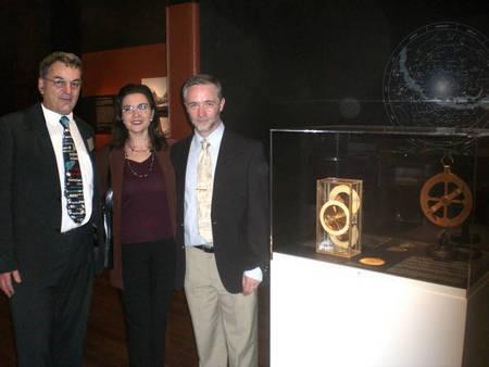 With Professor Robert Hannah.... - Diamadis 3b
