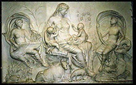 Gaia, Uranos, Kronos, Aphrodite. - Gaia, freize