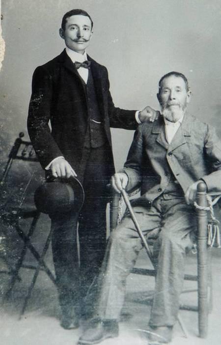 Spiros Panaretos with his father Peter Panaretos circa 1908