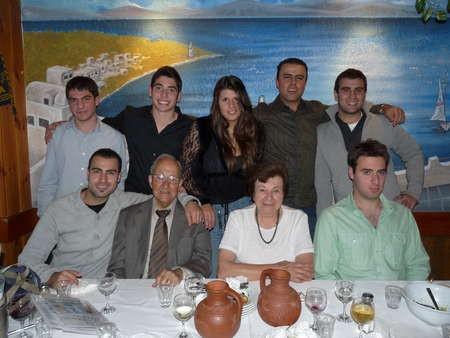Emanuel Casimatis with his grandchildren