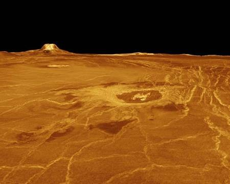 Venus - the PLANET - Venusian landscape - Gula Mons and Crater Cunitz - Venus Landscape
