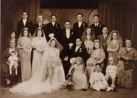 Wedding of Andy & Evangelia Aroney in 1939