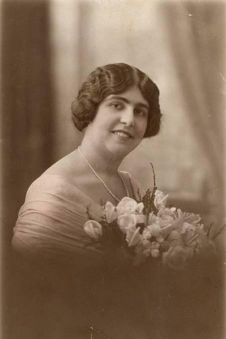 'Beatty' Psaros (nee Calliope Phacheas)