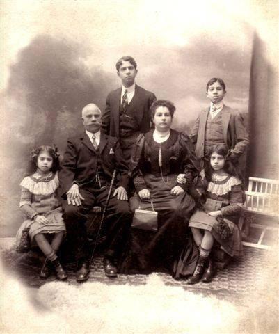 1912 Kosmas Galakatos & family