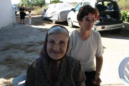 VASILIKI GERAKITIS MANEAS AND HER DAUGHTER.