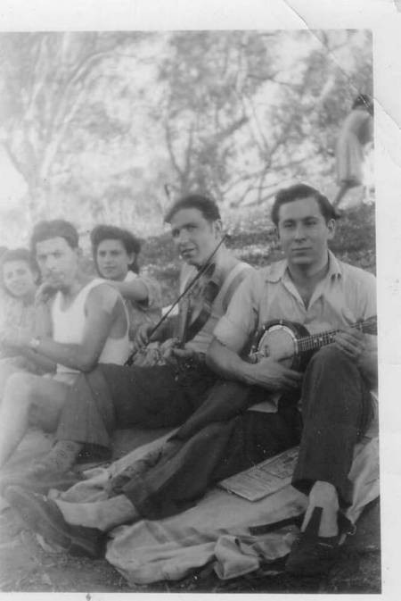 The Music played on 1952 Gunnedah NSW