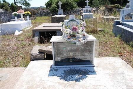 Unknown Tomb, Tryfillianika