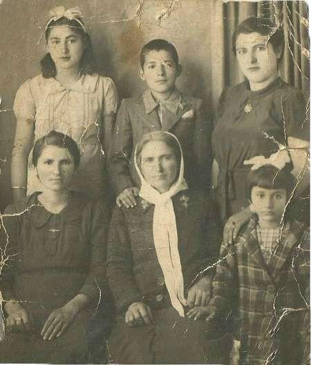 Moulou Family Logothetianika 1937