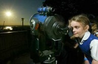 Transit of Venus - Seven-year-old Jodie McGowan of Artarmon has her turn at the telescope at Sydney's Observatory Hill.