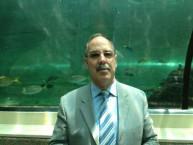 Mayor Theothori Koukoulis at the Sea Life Sydney Aquarium
