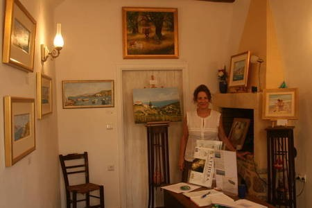 limniona art  exhibition.