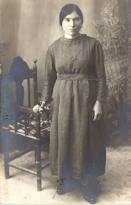 Yanoula Kassimatis, Sister of Peter E. Kassimatis 1926