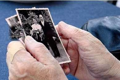 Greece's first memory bank offers glimpses of the WWII period - Bankofmemories