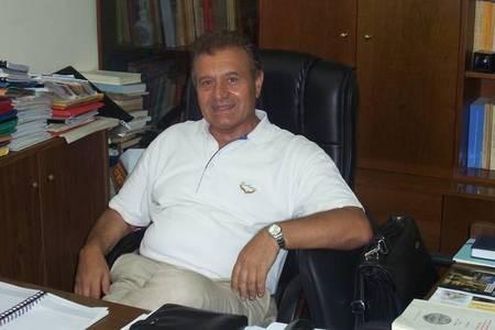 Eminent historian, George Leontsinis