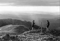 Peter Prineas (left) with wilderness photographer Henry Gold, in the Snowy Mountains 1982.