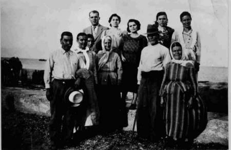 Coroneos embarkation to Australia, 1939. Nick & Panayotitisa Coroneos (nee, Kritheri), being farewelled at Ayia Pelagia.