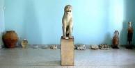 The Archaic Lion