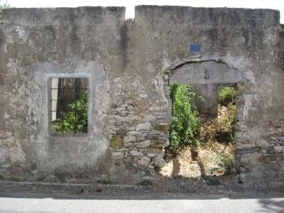 Old fallen house in Kato Livadi